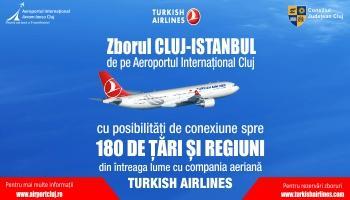 banner reclama aeroport cu un avion