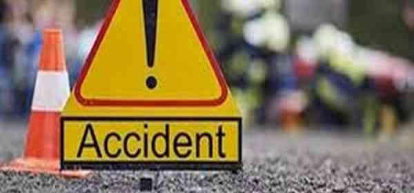 Trei autovehicule, implicate într-un accident rutier produs în orașul Beclean