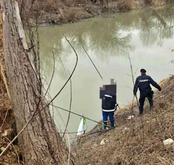 Acţiuni preventive pe linie piscicolă şi regim silvic efectuate de jandarmi la sfârşit de săptămână