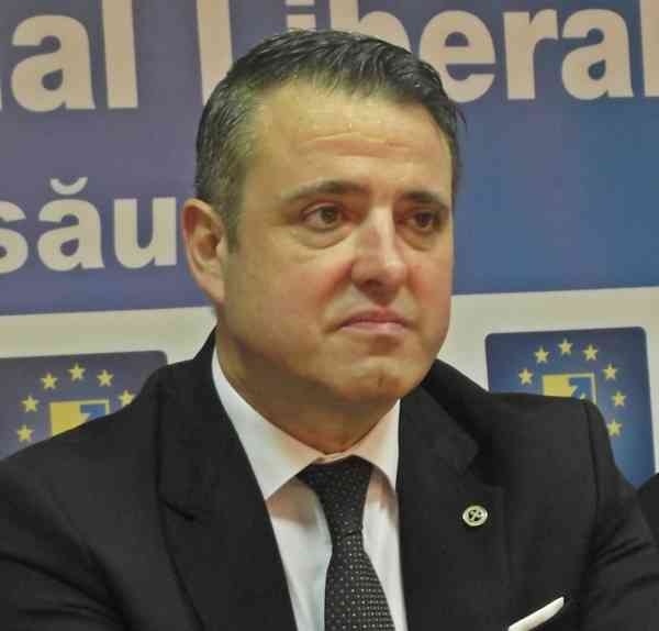 """Ioan Turc: """"PNL nu va vota în Parlament următoarele două guverne"""""""
