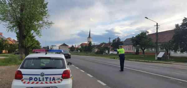 Tânăr din Rebrișoara, depistat de polițiști în timp ce conducea fără permis un autoturism neînmatriculat
