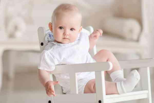 Vrei sa faci cadou haine pentru bebelusi? Iata cum sa le alegi!