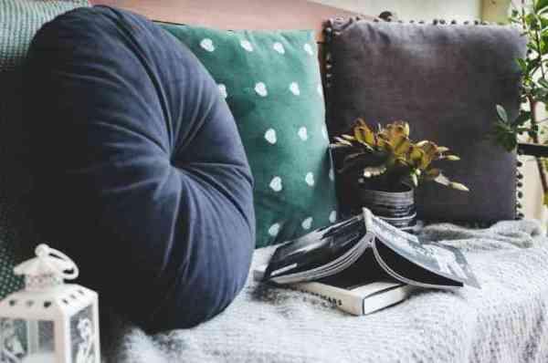Învață să alegi perne care să îți ofere un somn sănătos și odihnitor