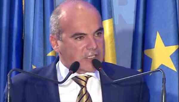 Rareș Bogdan acuză MAI că s-a spălat pe mâini de problemele muncitorilor români din străinătate