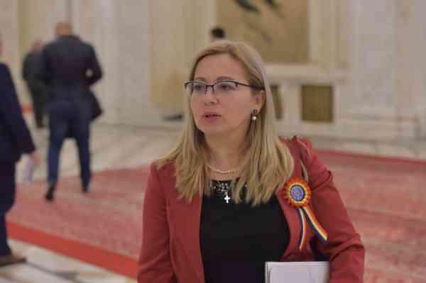Cristina Iurișniți: Viitorii primari vor fi obligați să investească în accesul la educație digitală