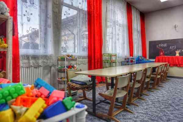Trei grădinițe din Bistrița vor fi redeschise în perioada 15 iulie – 31 august