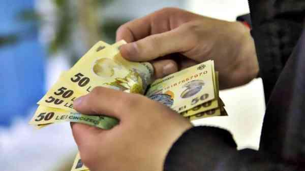 Prefectura BN: Angajații DGASPC și asistenții personali își vor primi salariile