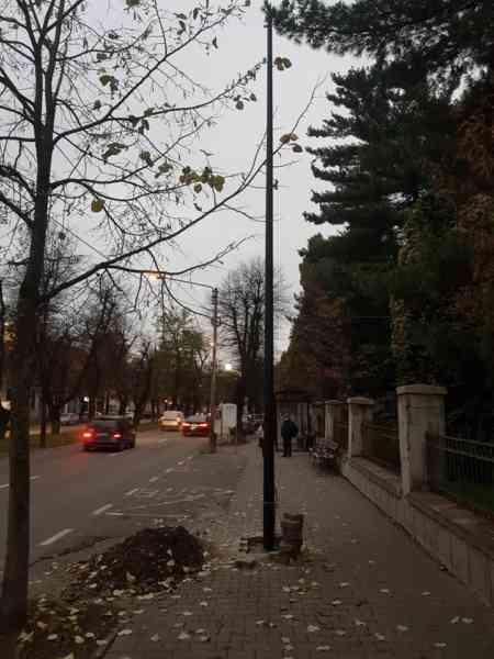 Primarul Ioan Turc a oprit lucrările de modernizare a rețelei de iluminat public de pe Bulevardul Republicii. Care este motivul