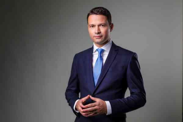 Deputatul PNL Robert Sighiartău a eliminat birul pus de PSD pe munca românilor cu venituri mici